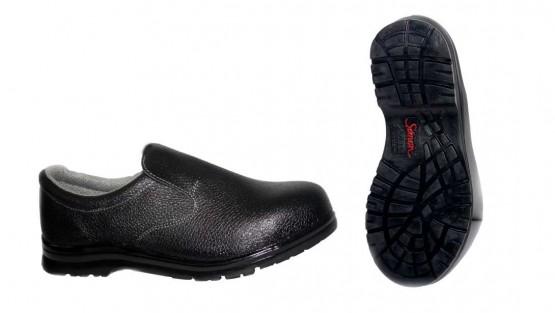 Perawatan Sepatu Safety
